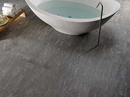 Carrelage salle de bain imitation pierre de Vals
